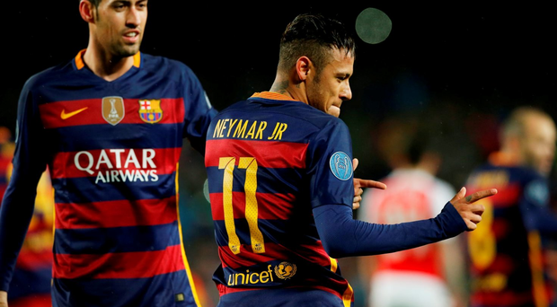 Football Soccer - FC Barcelona v Arsenal - UEFA Champions League Round of 16 Second Leg - The Nou Camp, Barcelona, Spain - 16/3/16 Neymar celebrates scoring the first goal for Barcelona with Sergio Busquets Reuters / Albert Gea Livepic EDITORIAL USE ONLY.