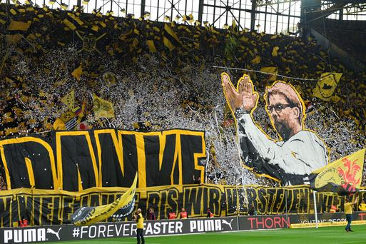 Dortmund's fans pay tribute to Klopp