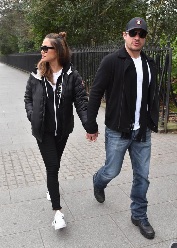American singer Nick Lachey & wife Vanessa Lachey (nee Vanessa Minnillo) seen walking hand-in-hand on St Stephen's Green a day after celebrating St Patrick's Day in Dublin, Dublin, Ireland - 18.03.16. Pictures: Cathal Burke / VIPIRELAND.COM **IRISH RIGHTS ONLY** *** Local Caption *** Vanessa Lachey, Nick Lachey