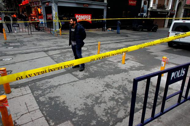 Istiklal street, a major shopping and tourist district, is sealed off by security forces after a suicide bombing in central Istanbul, Turkey REUTERS/Murad Sezer