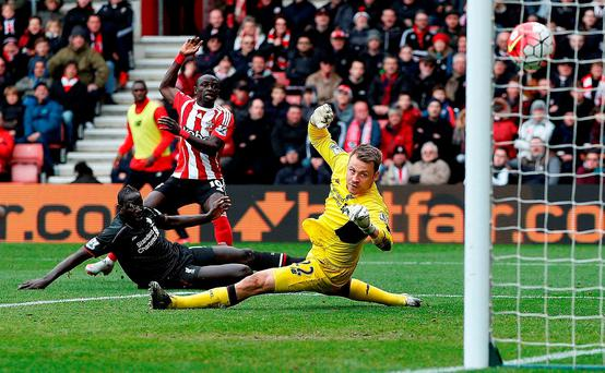 Southampton's Sadio Mane scores his team's first goal against Liverpool. Photo: Getty