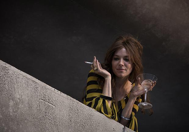 Sienna Miller in a scene from High Rise.