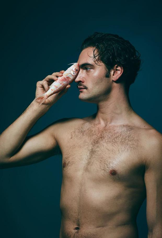 Tom Bateman poses with red mullet. Photo: Jillian Edelstein.