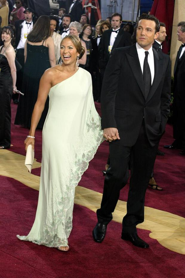 Jennifer Lopez and Ben Afflect at the 2002 Oscars