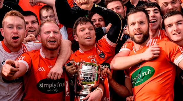 Cahal Carvill, centre, and the rest of Armagh team celebrate with the cup. Allianz Hurling League Division 2B Final, Down v Armagh, Páirc Naomh Brídl, Dundalk, Co. Louth. Picture credit: Sam Barnes / SPORTSFILE