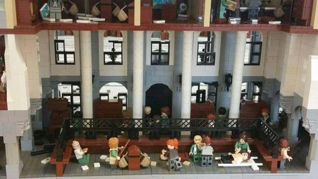 The GPO in 1916, recreated in Lego by Paul Derrick