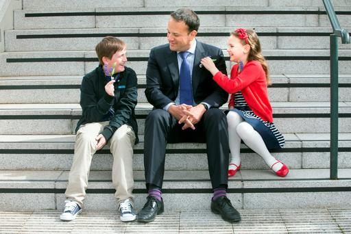 Kidney transplant recipients Matthew Holland (11) from Nenagh and Shannon Proudfoot (10) from Co Meath with Health Minister Leo Varadkar at the launch of Donor Awareness week. Photo: Tony Gavin