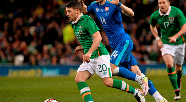 29 March 2016; Wes Hoolahan, Republic of Ireland, in action against Erik Sabo, Slovakia. 3 International Friendly, Republic of Ireland v Slovakia. Aviva Stadium, Lansdowne Road, Dublin. Picture credit: David Maher / SPORTSFILE