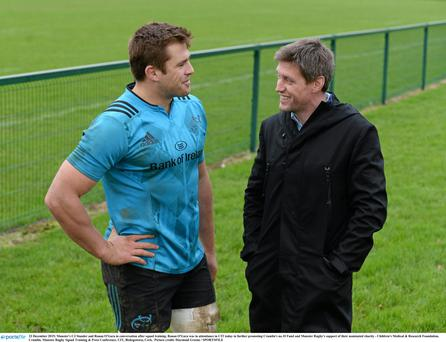 23 December 2015; Munster's CJ Stander and Ronan O'Gara in conversation after squad training. Ronan O'Gara was in attendance in CIT today in further promoting Crumlin's no.10 Fund and Munster Rugby's support of their nominated charity - Children's Medical & Research Foundation, Crumlin. Munster Rugby Squad Training & Press Conference. CIT, Bishopstown, Cork. Picture credit: Diarmuid Greene / SPORTSFILE