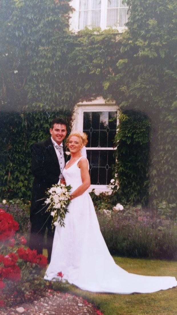 Bina pictured on her wedding day in 2001 after shifting seven stone