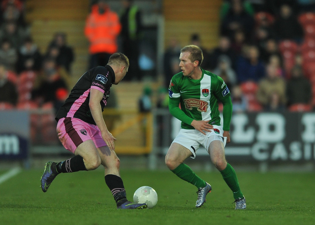 8 April 2016; Stephen Dooley, Cork City, in action against Paul Murphy, Wexford Youths. SSE Airtricity League Premier Division, Cork City v Wexford Youths. Turners Cross, Cork. Picture credit: Eóin Noonan / SPORTSFILE