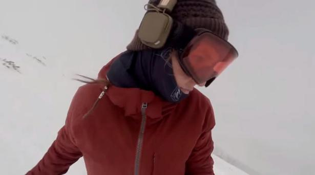 Kelly Murphy is snowboarding when she's chased by a bear