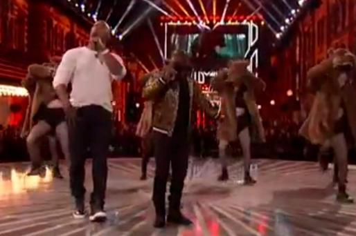 Kevin Hart and Dwayne The Rock Johnson rap about Leo's bear encounter in The Revenant, at the MTV Movie Awards