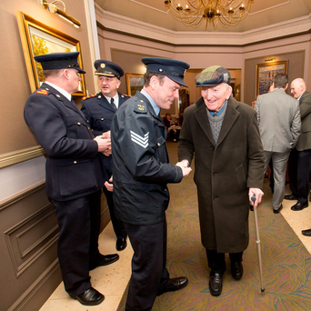 Sergeant Denis Harrington speaking with Michael Walsh from Westport at the AGSI conference in Co Mayo. Photo: Keith Heneghan