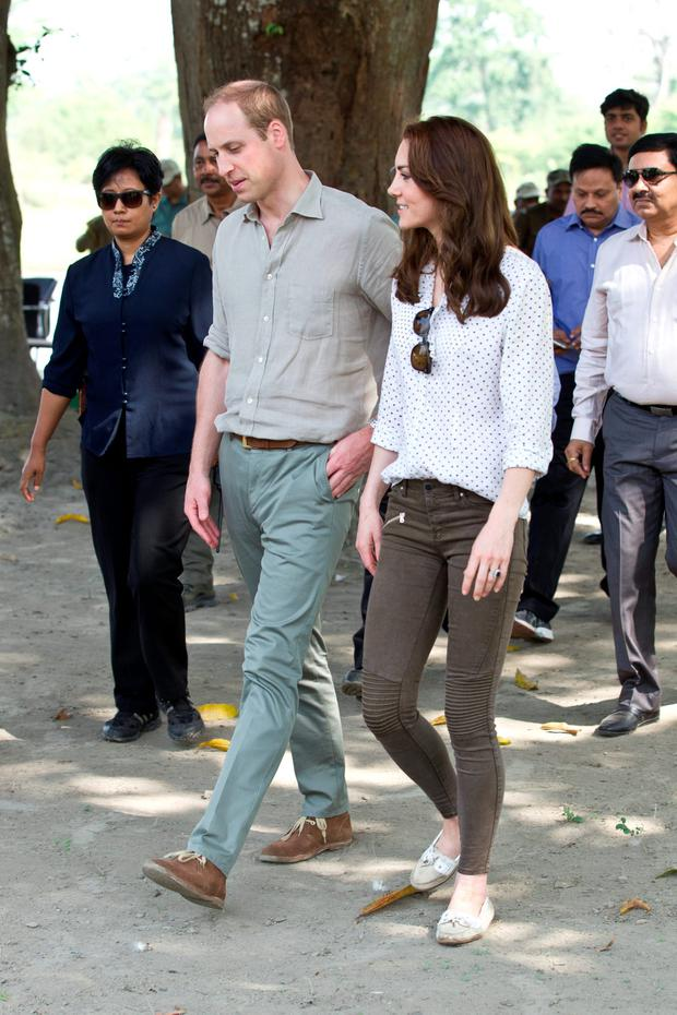 Prince William and Kate Middleton's Royal India Tour Day Four: For a drive in Kaziranga National Park, Kate kept it casual in a pair of Zara skinny jeans and a polka dot blouse by RM Williams. She accessorised with her trademark Rayban Wayfarer sunglasses.