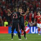 LISBON, PORTUGAL - APRIL 13: Arturio Vidal (R) of FC Bayern Muenchen celebrates a goal with team mates Joshua Kimmich during the UEFA Champions League quarter final second leg match between SL Benfica and FC Bayern Muenchen at Estadio da Luz on April 13, 2016 in Lisbon, Portugal. (Photo by Valerio Pennicino - UEFA/UEFA via Getty Images)