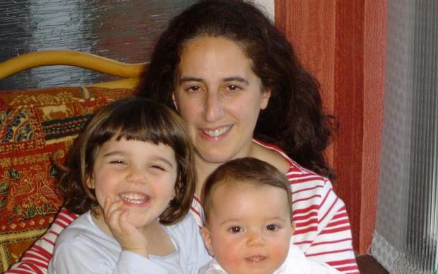 Louise with daughters Natasha and Rebecca (who are now aged 15 and 13).