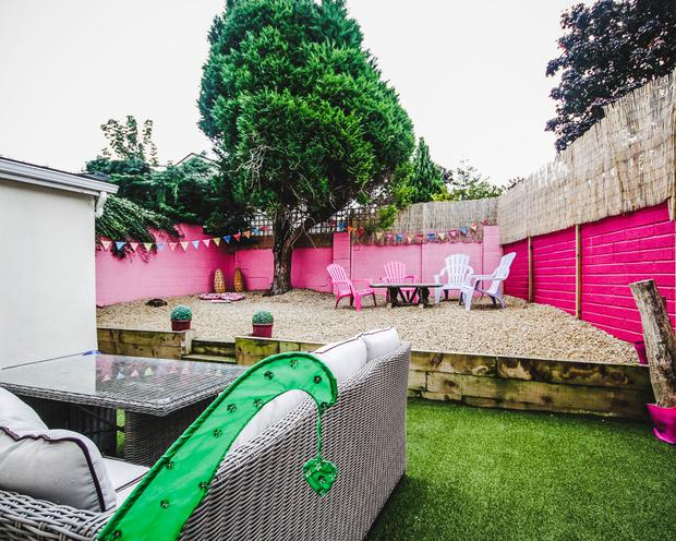 The judges were especially impressed with Fay's garden, which boasted a pretty pink fence and beach chairs giving the impression of a seaside escape.