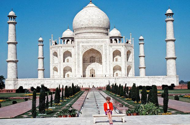 Princess Diana the Princess of Wales poses alone at the Taj Mahal during her visit in India in February 1992. (Photo by Anwar Hussein/Getty Images)