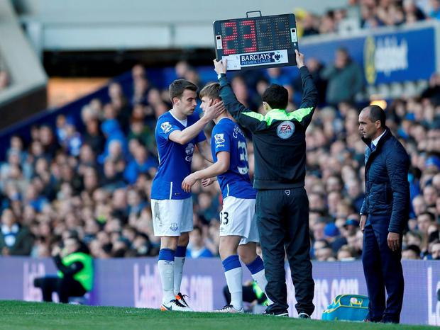 Football Soccer - Everton v Southampton - Barclays Premier League - Goodison Park - 16/4/16 Everton's Seamus Coleman comes off for Callum Connolly Action Images via Reuters / Carl Recine Livepic EDITORIAL USE ONLY. No use with unauthorized audio, video, data, fixture lists, club/league logos or