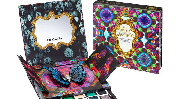 Alice Through The Looking Glass palette with Urban Decay