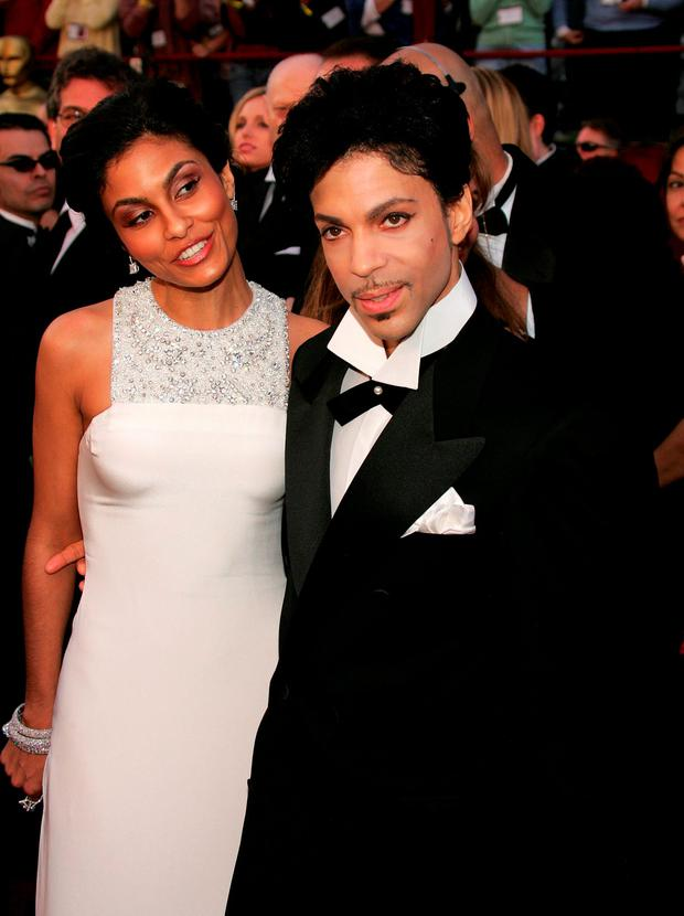 Prince with former wife Manuela Testolini arrive at the 77th Annual Academy Awards in 2005 in Hollywood, California. Photo: Carlo Allegri/Getty Images