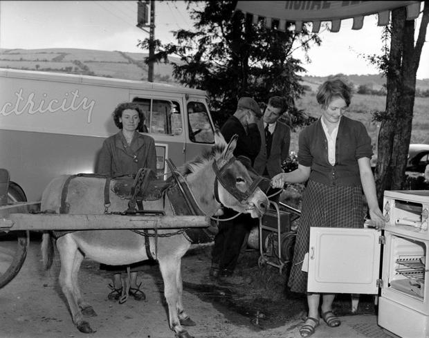Old Ireland meets new in 1957
