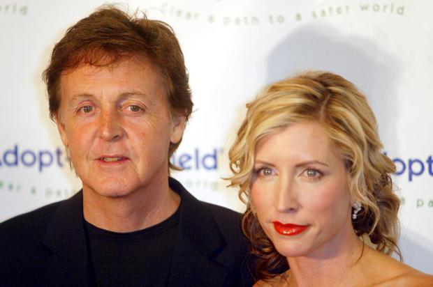 Musician Sir Paul McCartney and wife Heather Mills attends the Annual Adopt-A-Minefield Gala hosted by Paul McCartney at the Century Plaza Hotel on October 15, 2004 in Century City, California. (Photo by Frazer Harrison/Getty Images)