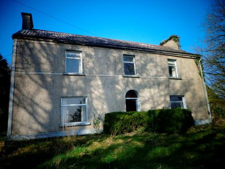 Viewmount House stands on 18ac near Castlecomer.