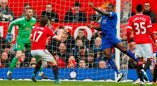 Wes Morgan scores the first goal for Leicester