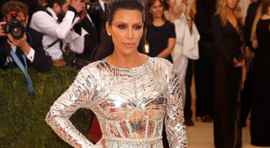 """Kim Kardashian arrives at the Metropolitan Museum of Art Costume Institute Gala (Met Gala) to celebrate the opening of """"Manus x Machina: Fashion in an Age of Technology"""" in the Manhattan borough of New York, May 2, 2016. REUTERS/Lucas Jackson"""