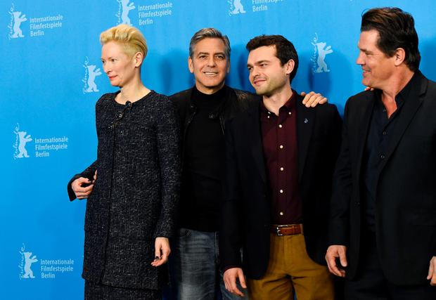 (L to R) British actress Tilda Swinton, US actor George Clooney, US actor Alden Ehrenreich and US actor Josh Brolin pose during the photo call for the film