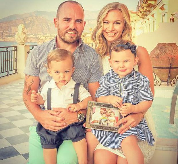 Anna Saccone and Jonathan Joly with Emilia (3) and Eduardo (2) Photo Instagram @AnnaSaccone
