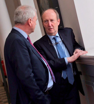 Shane Ross and Finian McGrath have a discussion before the Cabinet heads in to the Dáil