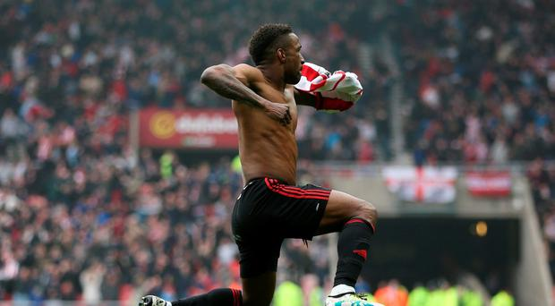 Jermain Defoe celebrates after scoring the third goal for Sunderland Reuters / Russell Cheyne