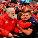 CJ Stander, Munster, is congratulated by Michelle D'Arcy, Munster rugby supporters choir. Guinness PRO12, Round 22, Munster v Scarlets. Thomond Park, Limerick. Picture credit: Eóin Noonan / SPORTSFILE