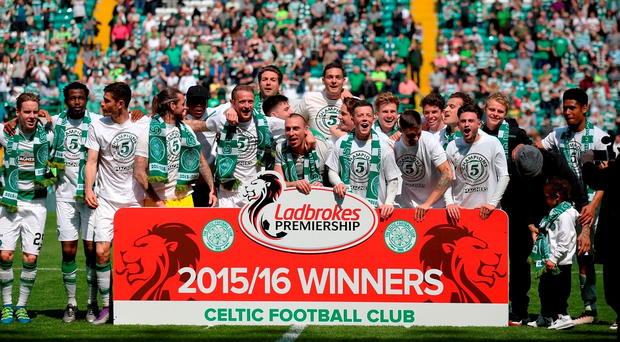 Celtic players celebrate winning the league after the Ladbrokes Scottish Premiership match at Celtic Park, Glasgow. PRESS ASSOCIATION Photo.