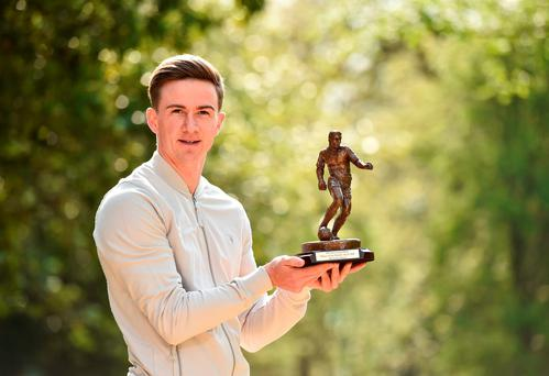 Dundalk FC's Ronan Finn with the SSE Airtricity/SWAI Player of the Month Award for April 2016. Photo: Sportsfile