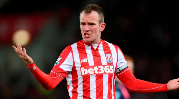 Glenn Whelan has signed a new deal with Stoke City