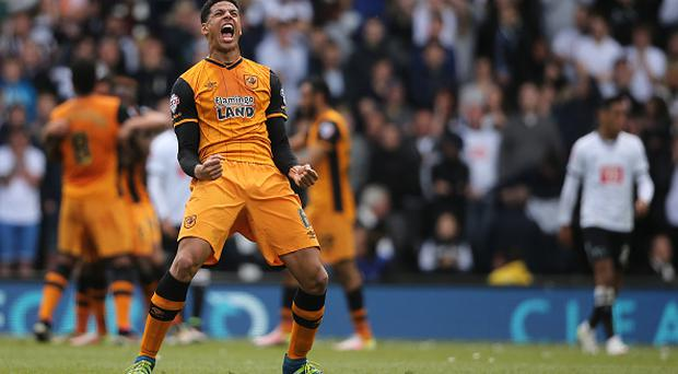 DERBY, ENGLAND - MAY 14: DERBY, ENGLAND - MAY 14: Curtis Davies of Hull City celebrates after an own goal to make it 0-2 during the Sky Bet Championship Play Off First Leg match between Derby County and Hull City at the iPro Stadium on May 14, 2016 in Derby, England. (Photo by Matthew Ashton - AMA/Getty Images)