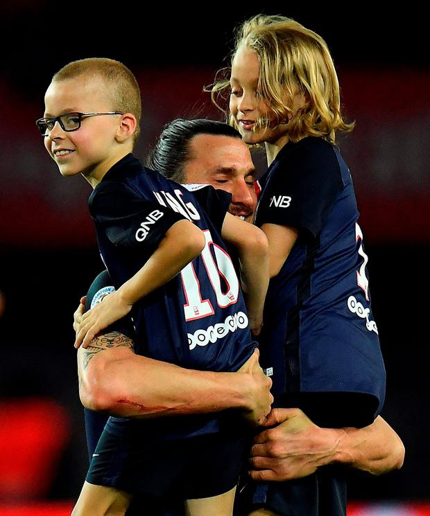 the latest 54de7 60638 Video: Watch the emotional scenes as Zlatan Ibrahimovic bows ...
