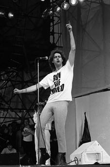 Bob Geldof of The Boomtown Rats on stage during Self-Aid benefit concert in the RDS, 17/05/1986 (Part of the Independent Newspapers Ireland/NLI Collection).