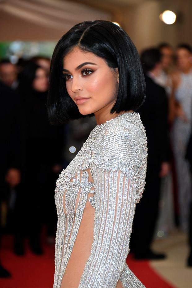 Kylie Jenner Used Her Waxwork To Video Call Her Family