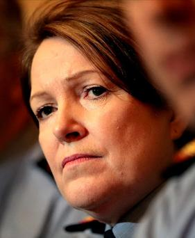 The office of Garda Commissioner Nóirín O'Sullivan has said she is prohibited by law from discussing matters relating to the O'Higgins report, but this has been disputed by former Tánaiste Joan Burton and a number of legal experts