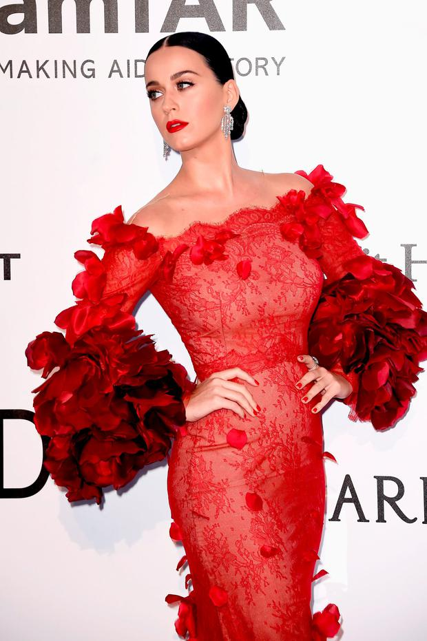 Katy Perry arrives at amfAR's 23rd Cinema Against AIDS Gala at Hotel du Cap-Eden-Roc on May 19, 2016 in Cap d'Antibes, France. (Photo by Ian Gavan/Getty Images)