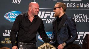 UFC President Dana White (L) and Conor McGregor