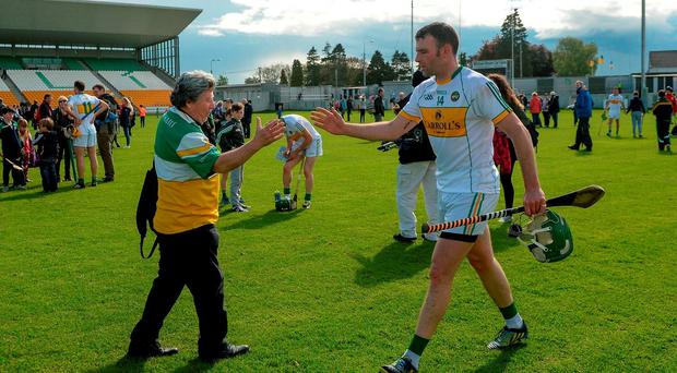 Offaly supporter Mick McDonagh greets Joe Bergin, who scored two second half goals, after the Leinster GAA Hurling Championship Qualifier, Round 3, between Offaly and Kerry at O'Connor Park, Tullamore, Co. Offaly. Photo by Piaras Ó Mídheach/Sportsfile