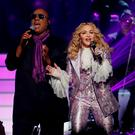 """Stevie Wonder and Madonna perform """"Purple Rain"""" during the tribute to Prince at the 2016 Billboard Awards in Las Vegas, Nevada, U.S., May 22, 2016. REUTERS/Mario Anzuoni"""