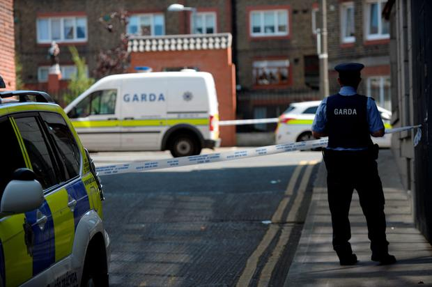 General view of Gardai at scene of shooting. Avondale House, North Cumberland Street, Dublin.