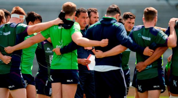 Pat Lam speaks to his Connacht players at training in the Sportsground ahead of Saturday's Pro 12 final against Leinster SEB DALY/SPORTSFILE
